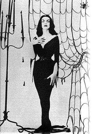 Maila Nurmi -- vampira